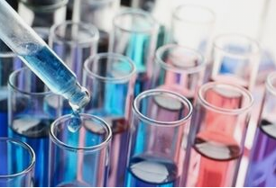 Centralize Chemistry pipette and colorful test tubes
